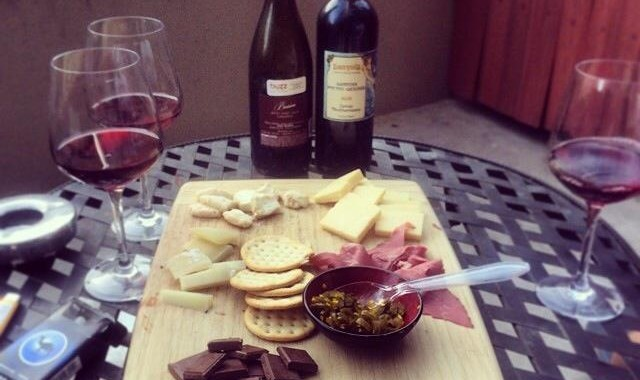 Make your own wine and cheese board